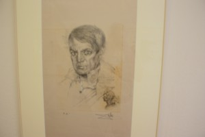 Boven Picasso, rechts koning Juan Carlos